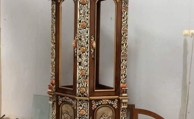 Pengrajin Mebel Furniture Jepara