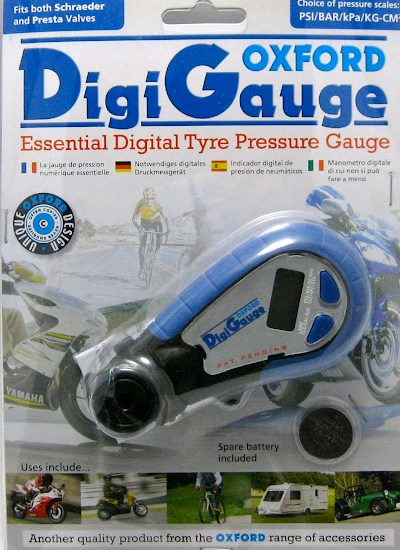 Oxford DigiGauge Digital Tyre Pressure Gauge Retail Packaging
