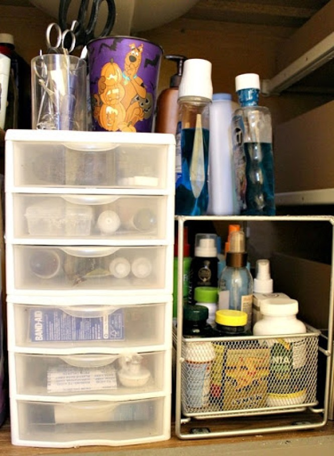under-cabinet-organization-6
