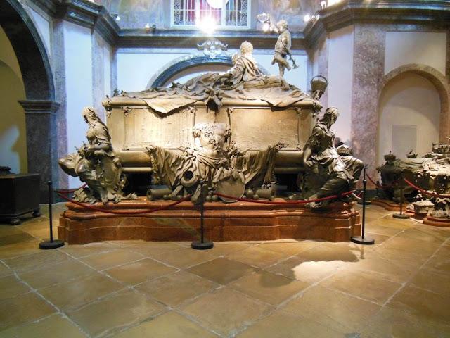 150 sarcófagos alojados en la Cripta de los Capuchinos