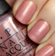 fashion color of nail polish autumn