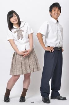 龍谷高等学校の女子の制服1