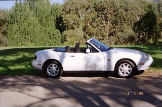 0330Mazda MX-5 1990