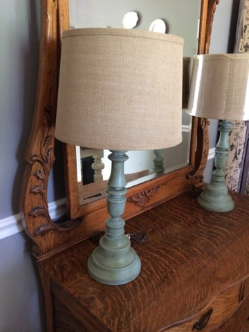 Thrift store lamp makeover with chalk paint from A Junkchic Life