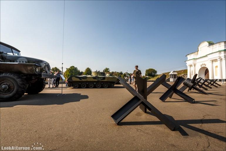 Монумент Родина-мать в Киеве   Mother Mothreland monument in Kiev   Блог LookAtIsrael.com путешествует по Украине