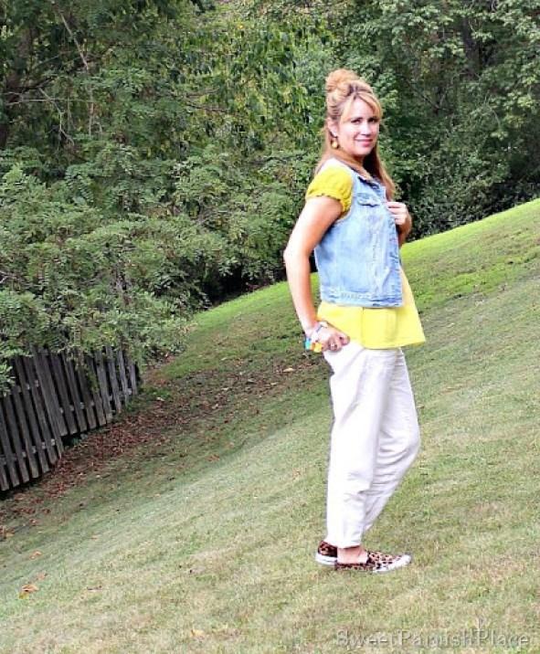 khaki-pants-yellow-top-denim-vest1