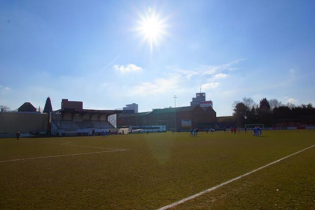 voetballen onder de zon