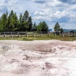 Master-Sirio-Ji-USA-2015-spiritual-meditation-retreat-5-Yellowstone-Park-05.jpg