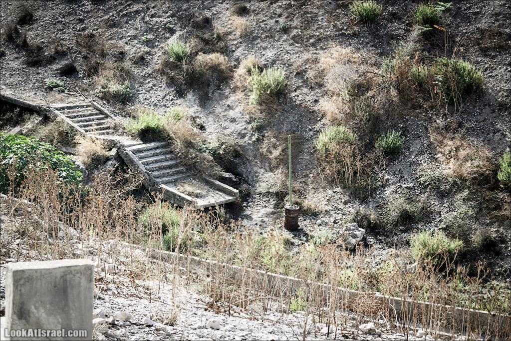 Еврейские похоронные традиции и древнее кладбище Цфата   Safed cemetry   בית הקברות בצפת   LookAtIsrael.com - Фото путешествия по Израилю