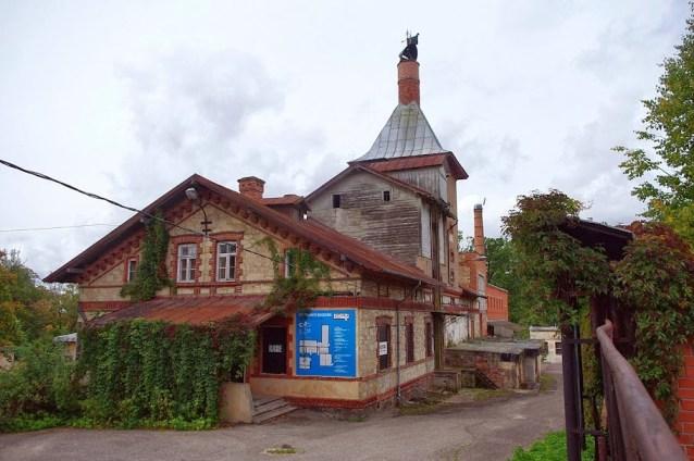 Fábrica de cerveza Cesis Letonia