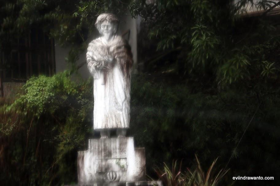 Melewati makam Tuangku Imam Bonjol di Minahasa