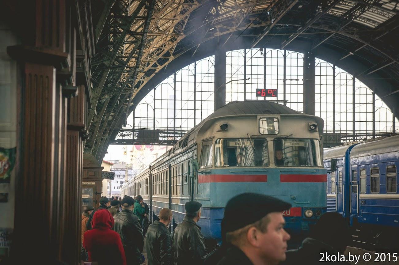дизельный поезд Львов-Ковель
