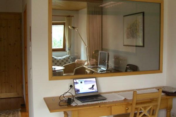 Terrassenzimmer bureau Alpenrose Schruns