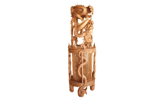 ukiran kayu macan kurung