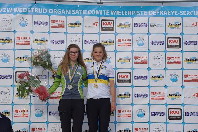 Podium PK baanwielrennen West-Vlaanderens meisjes
