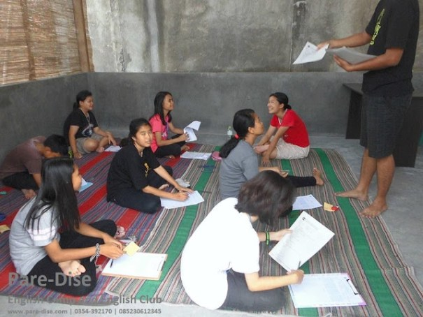SMP Santo Mikail Ujian Semester Dilembaga Pare-Dise
