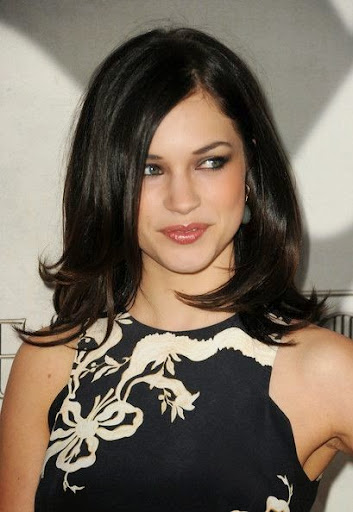 Alexis Knapp Photos