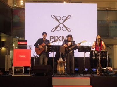 live band at the canon event