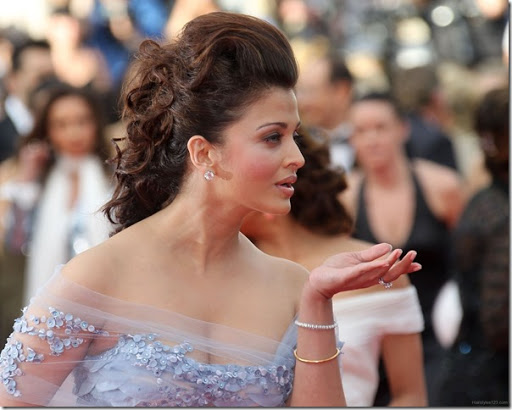 Top 25 Best Hairstyles Sported By Aishwarya Rai You Can Try