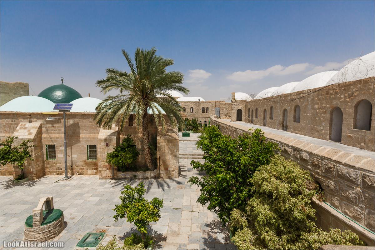 Путешествие на джипах по Иудейской пустыне к монастырю Мар Саба   Jeep trip to Mar Saba monastery   LookAtIsrael.com - Фото путешествия по Израилю