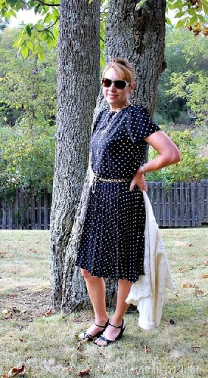 vintage-polka-dot-dress-leopard-belt-black-sandals1