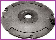 Slot milling cutter, which has carbide knives and cuts are attached mechanically.