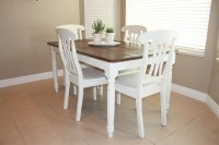 COUNTRY GIRL HOME : Kitchen table... (refinished)