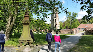 Besichtigung der Schlossruine Pansevitz