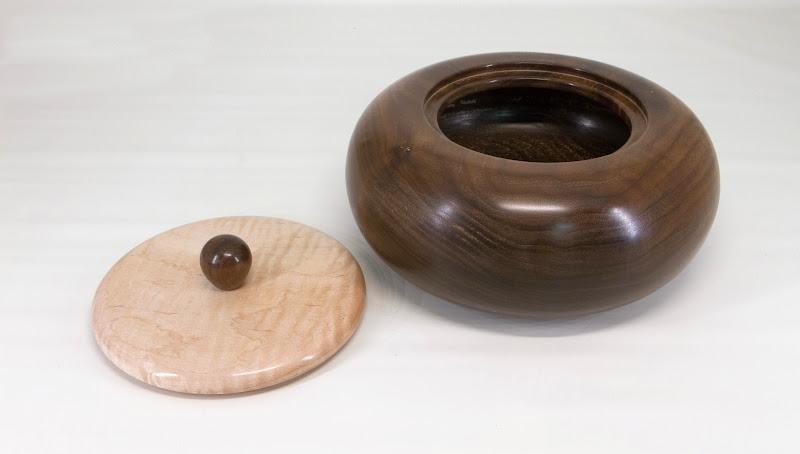 "Joe Stout 8"" x 4"" ""Beads of Courage"" lidded bowl [walnut, maple]"