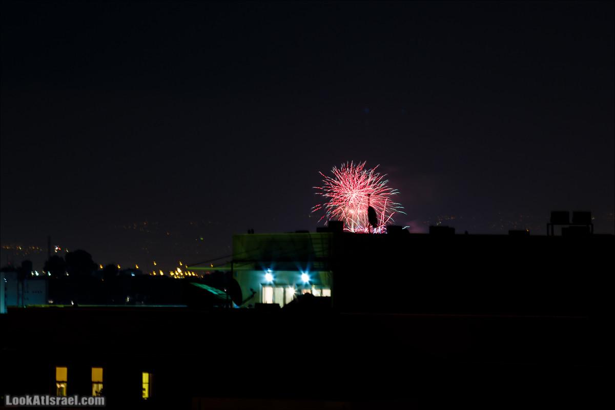 Яффский вид на салют Дня Независимости Израиля   LookAtIsrael.com - Фото путешествия по Израилю