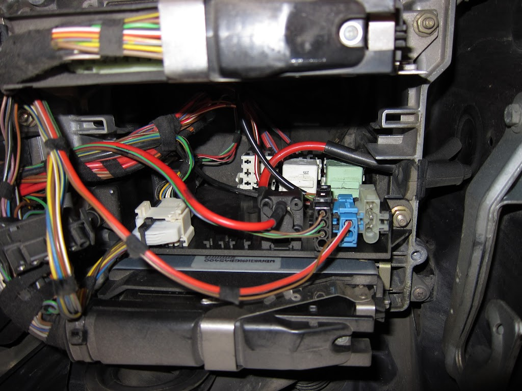 hight resolution of 95 540 fuel pump relay location wiring diagram besides bmw e46 fuel pump relay location as well bmw