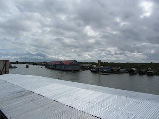 0044Tonle_Sap_Lake_Floating_Village