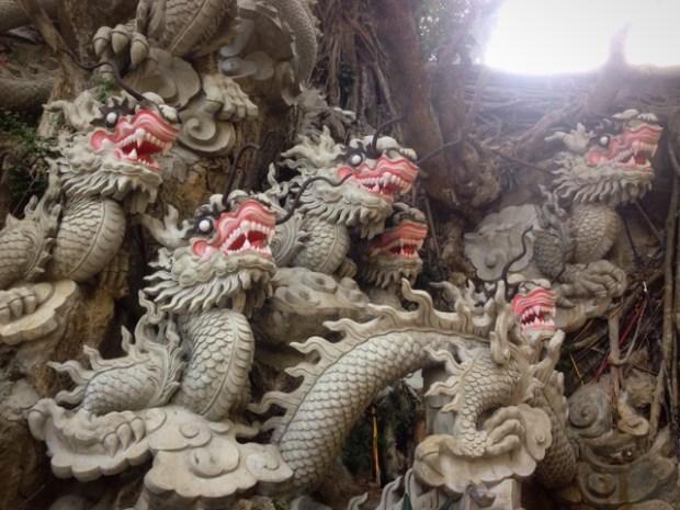marble_mountain_dragons