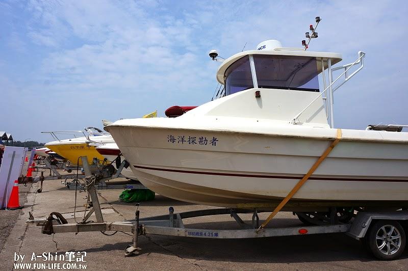 台中梧棲港搭遊艇5