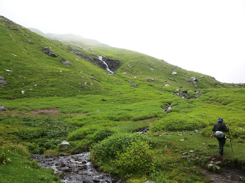 Walk beyond Jwara, Jwara - Hampta Pass Trekking
