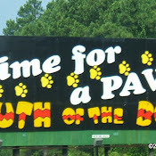 South_of_the_Border_sign_17_-_Time_for_a_PAWS.JPG