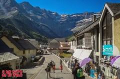 Calle principal de Gavarnie ©aunpasodelacima