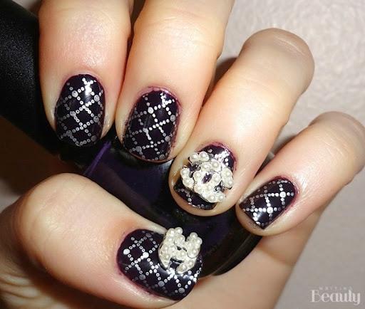 writing beauty nail art flashback