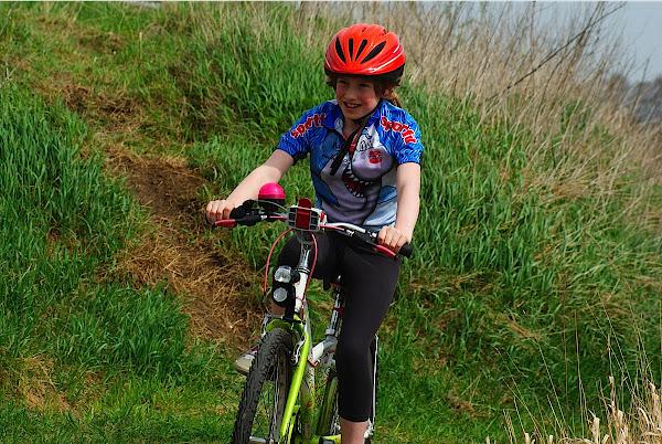 kinderen mountainbiken svs schiervelde