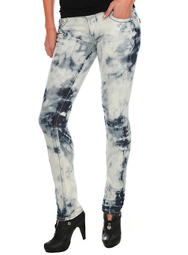 Bleach washed jeans