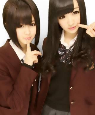 富山県立高岡商業高等学校の女子の制服3