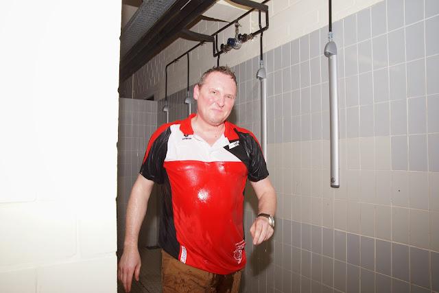 de coach in de douche