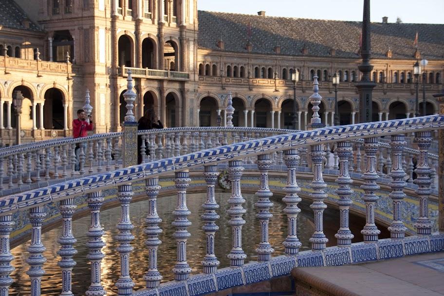 3. Beitrag 2012 – Brücken am Plaza de Espana (3/6)