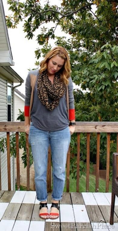 boyfriend-jeans-color-blocked-cardigan-sandals-1