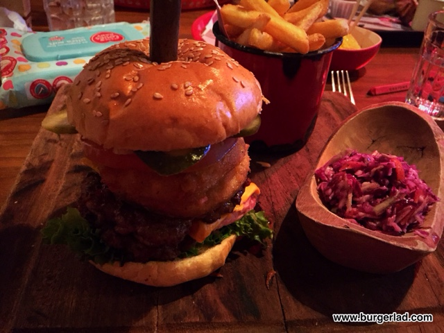 Hickory's All American XXXL Roadhouse Burger