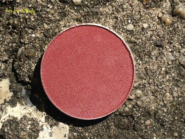 NoireTropicalBeauty MakeupGeek ColourPop ES