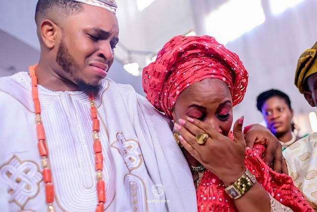 Insta image 1 - See viral photo of a crying groom & his mum that got people talking