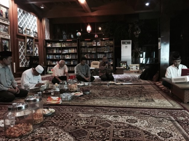 http://www.abahjagat.com/2015/10/king-abdulloh-jordanian-being-true.html
