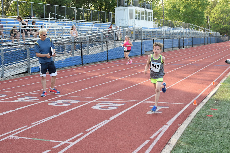 May 25, 2016 - Princeton Community Mile and 4x400 Relay - DSC_0105.JPG