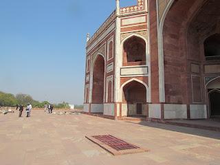 1000Humayuns Tomb